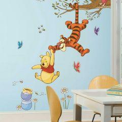 Sticker mural XL Winnie the Pooh Swinging for Honey