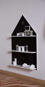 Etagère Maison avec tableau noir